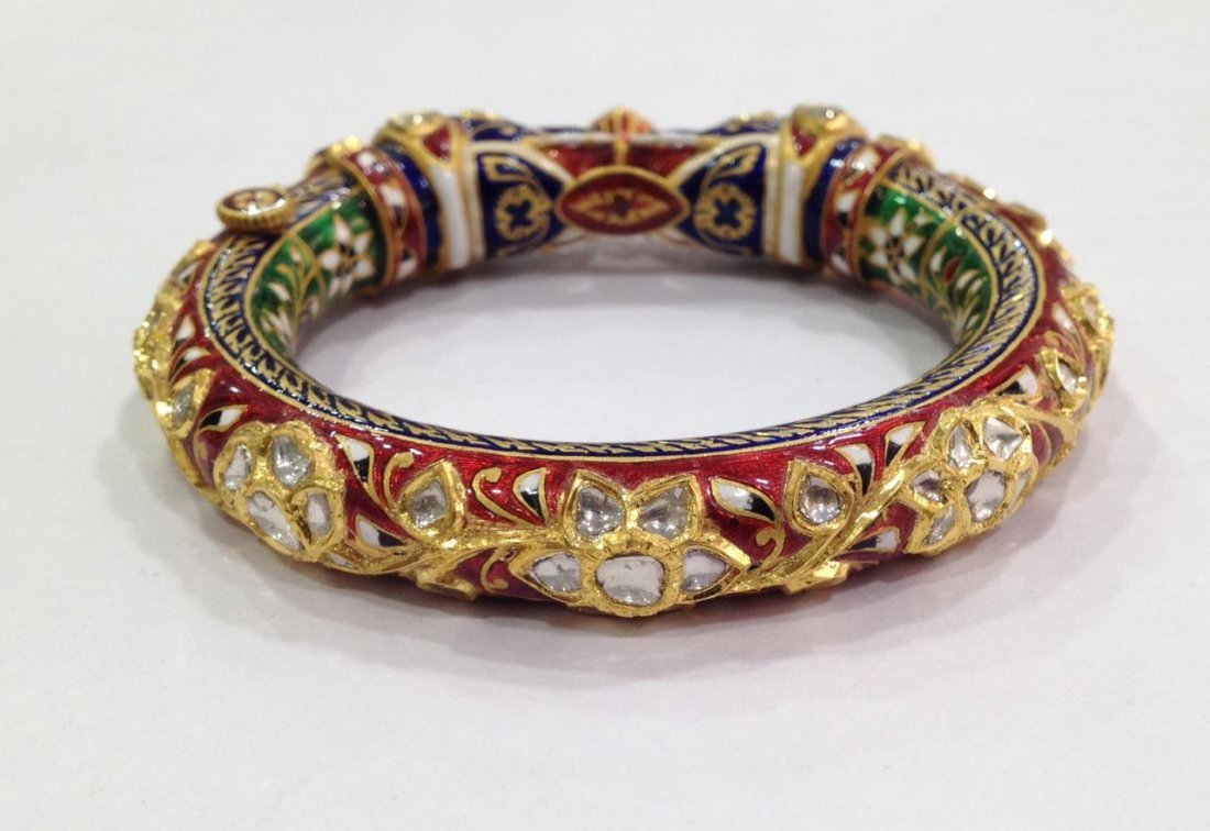 22K Solid Gold Mughal Style Beautiful Diamond Bracelet - 2