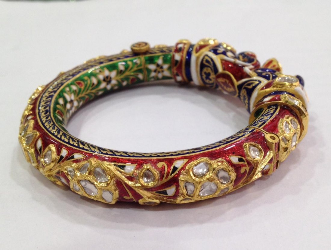 22K Solid Gold Mughal Style Beautiful Diamond Bracelet - 3