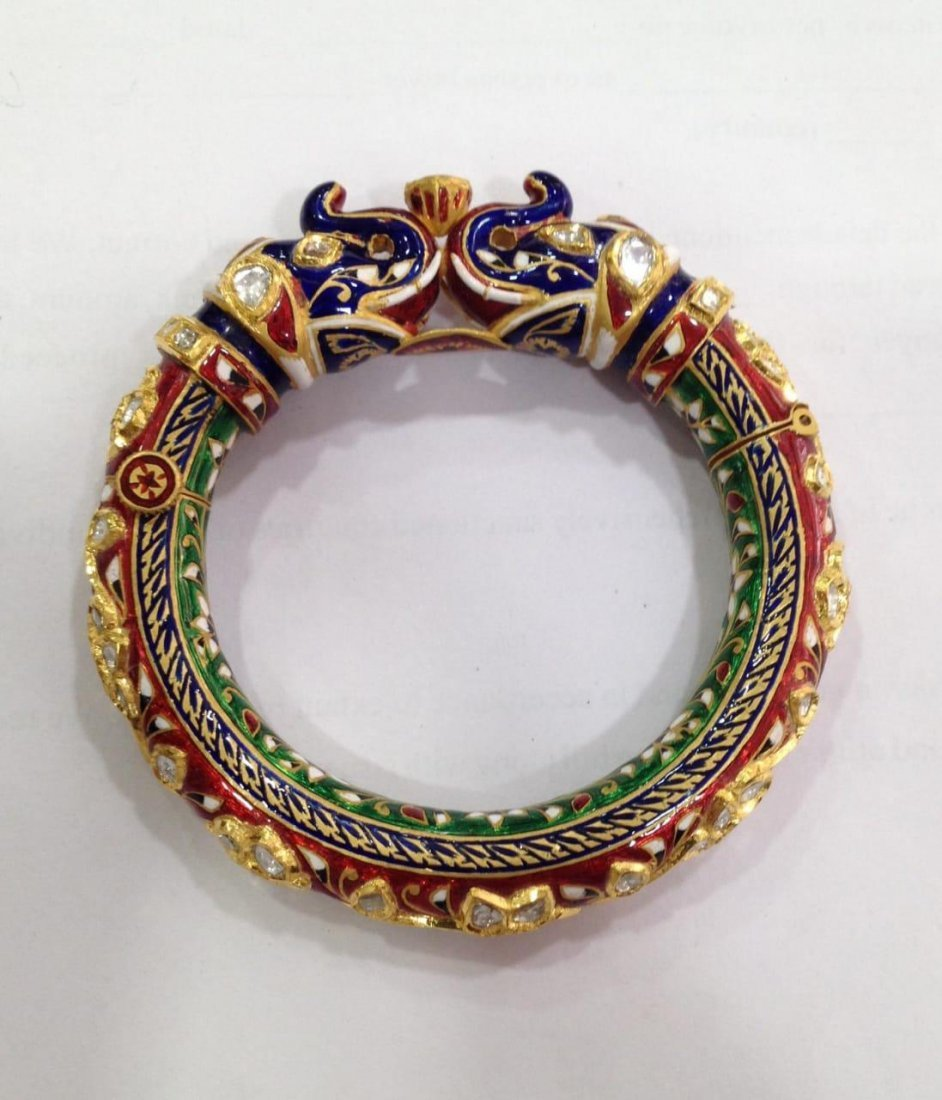 22K Solid Gold Mughal Style Beautiful Diamond Bracelet - 5