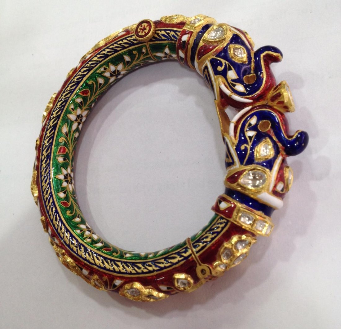 22K Solid Gold Mughal Style Beautiful Diamond Bracelet - 7