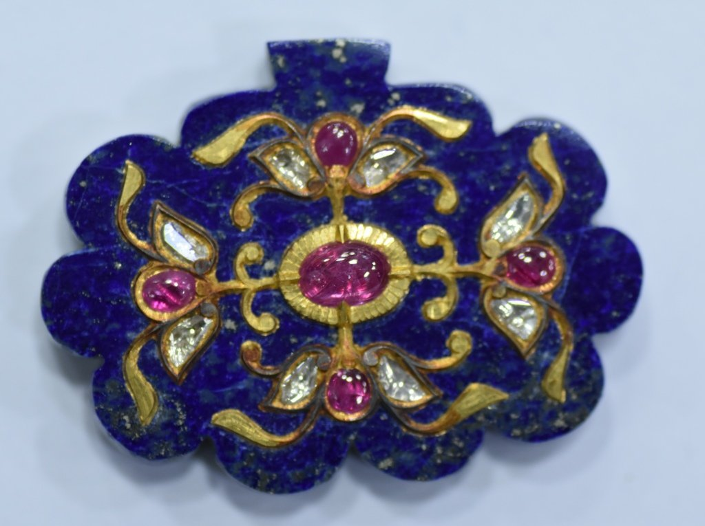 LAPIS LAZULI PENDANT STUDDED WITH GOLD AND GEMS - 2