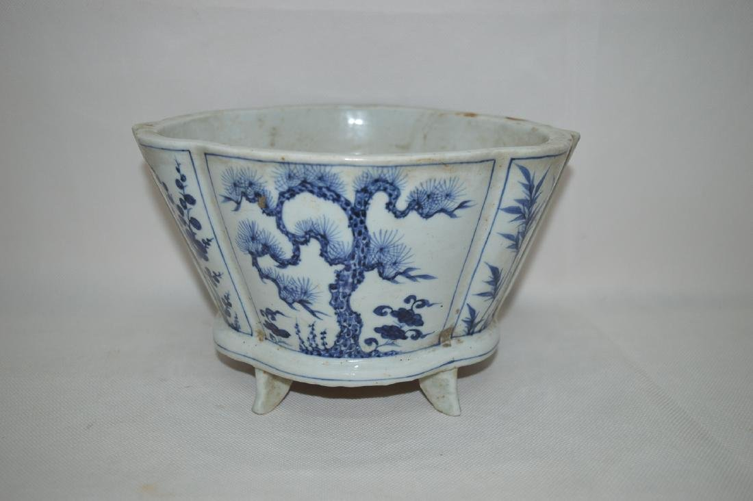 A BLUE&WHITE SONGZHU FIGURE FLOWER POT