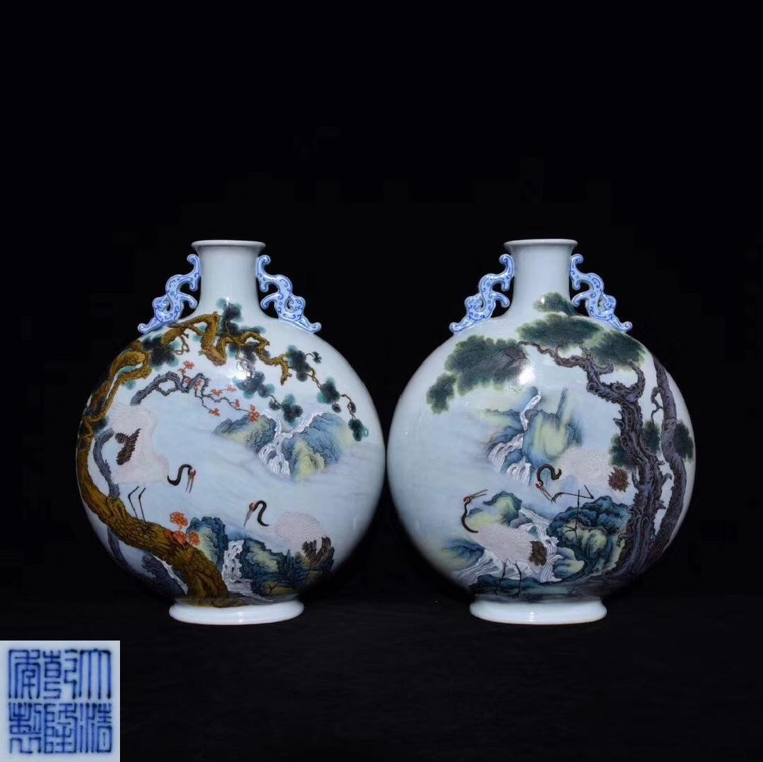 A PAIR FAMILLE-ROSE FLAT VASES WITH QIANLONG MARK