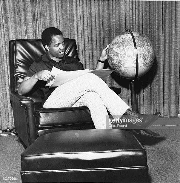 Berry Gordys Motown Records Electric Globe - 8