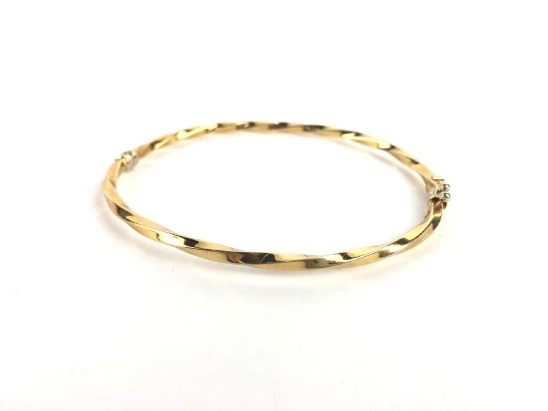 18k Gold Twisted Hinge Bangle