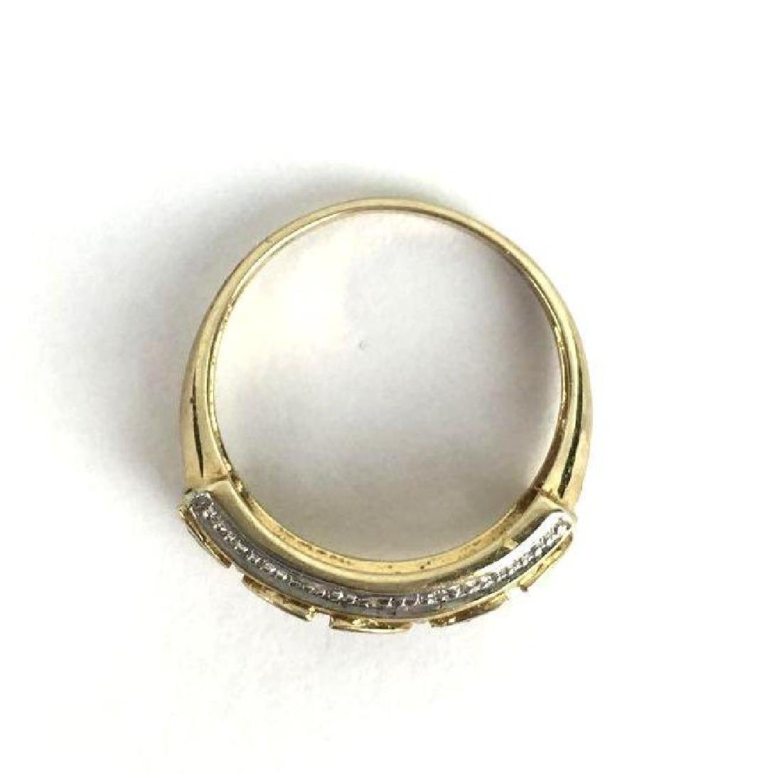10k Gold Ring With Leaf Shaped Jewels - 2
