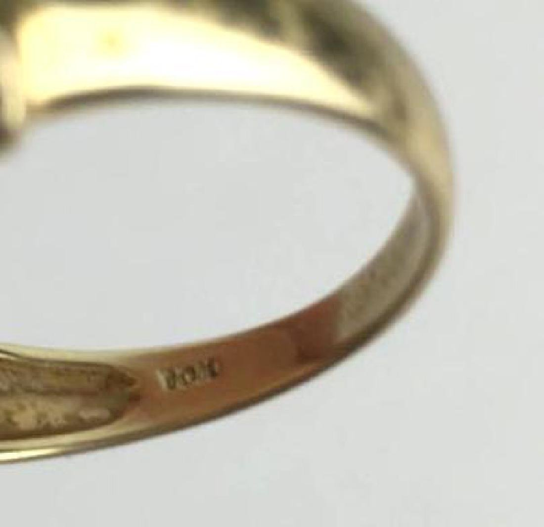 10k Gold Ring With Leaf Shaped Jewels - 3