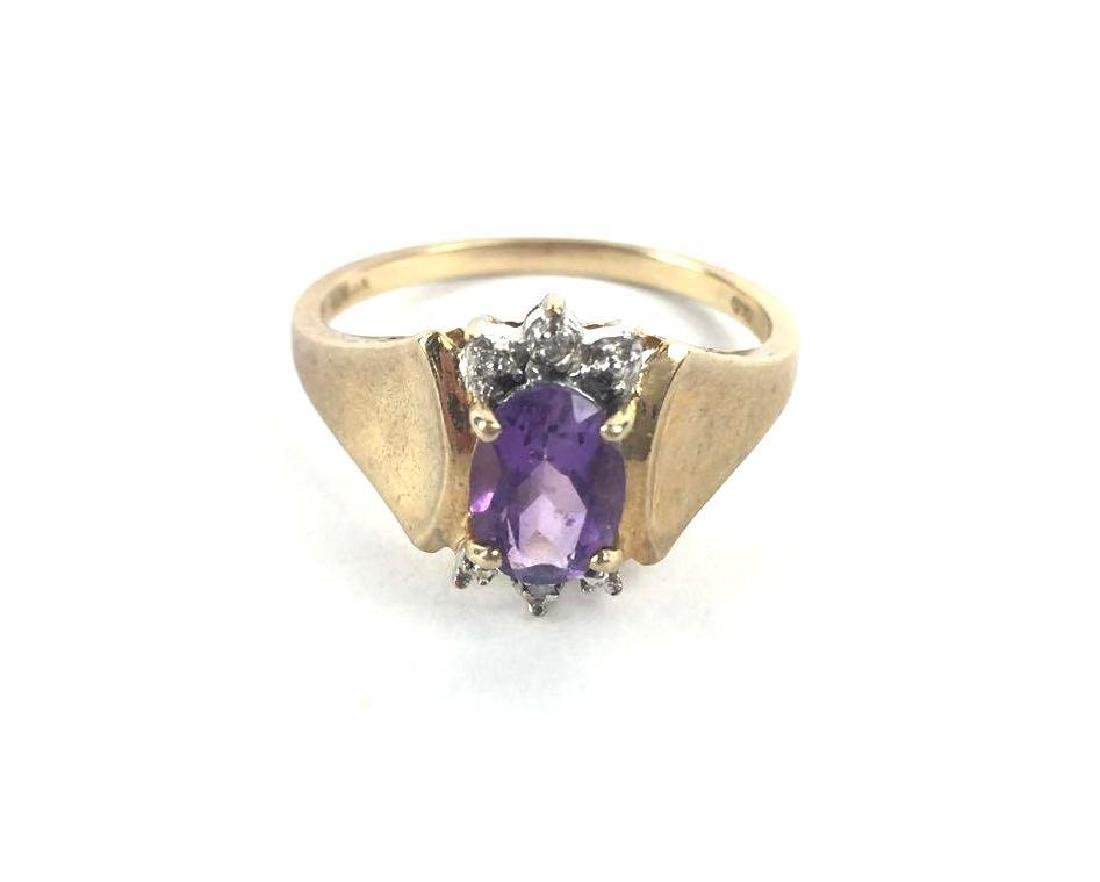 10K Gold Ring With Violet Toned Jewel