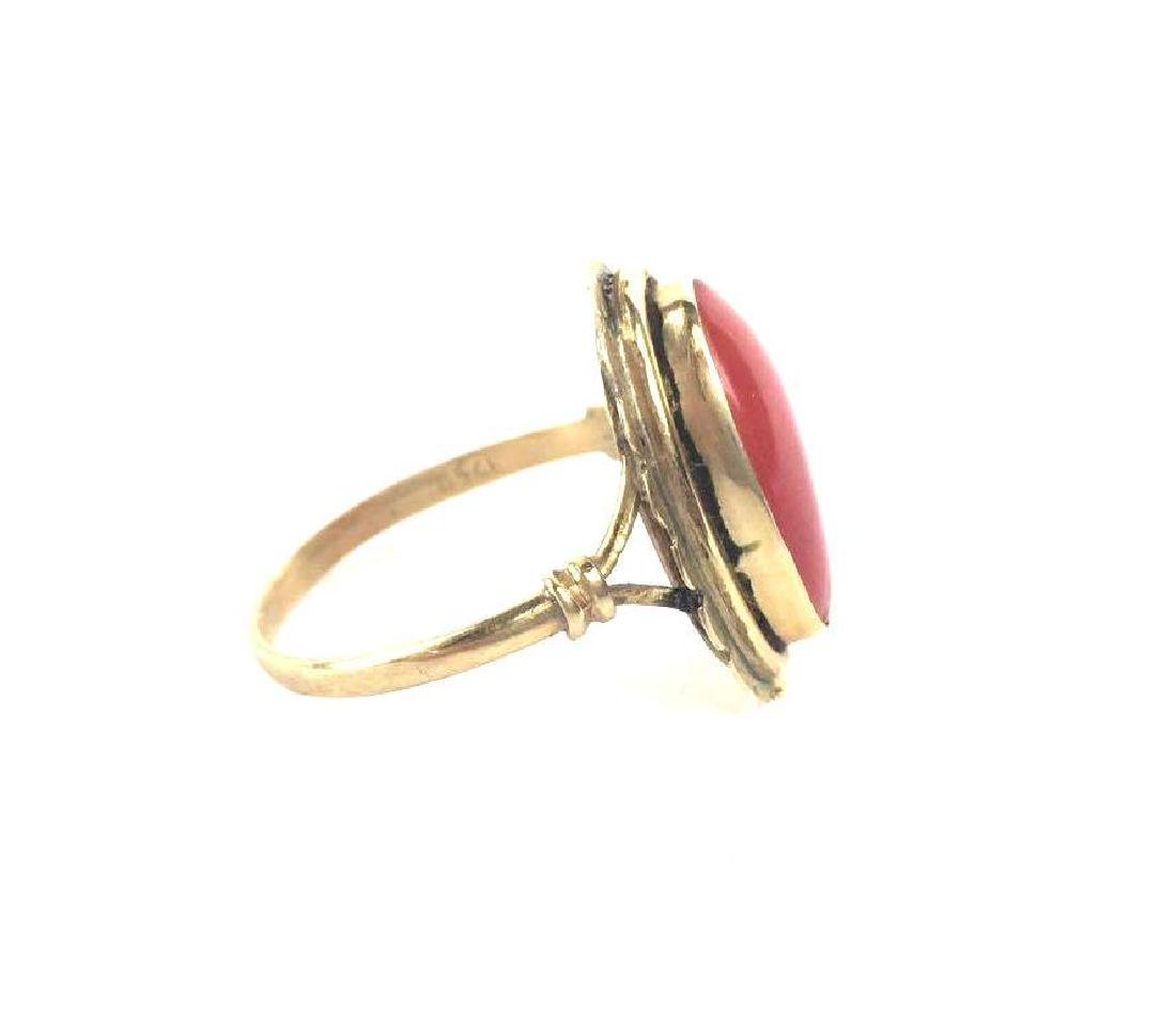 Vintage 18k Gold Ring With Coral Stone - 3