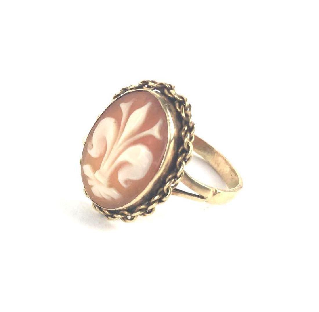 18k Gold Fleur De Lis Cameo Ring