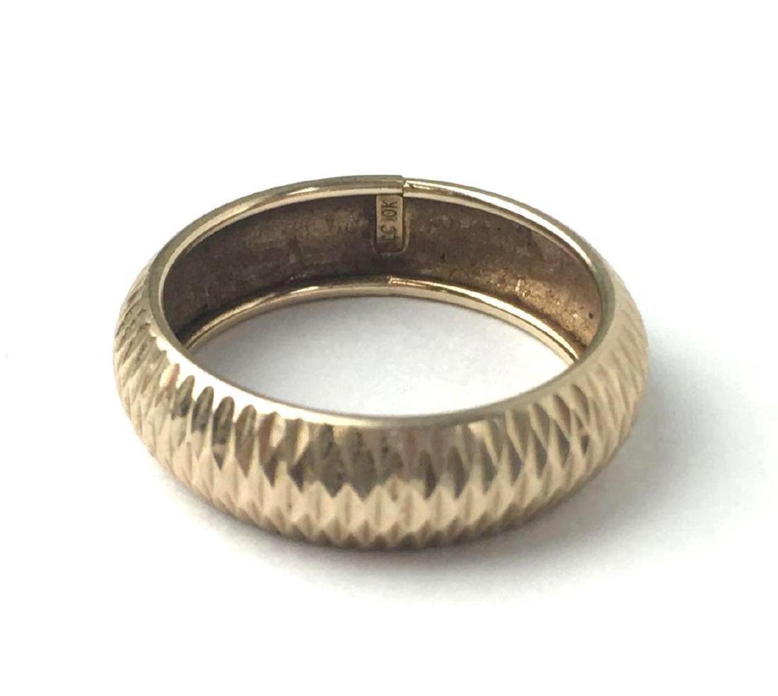 10k Gold Modern Engraved Ring