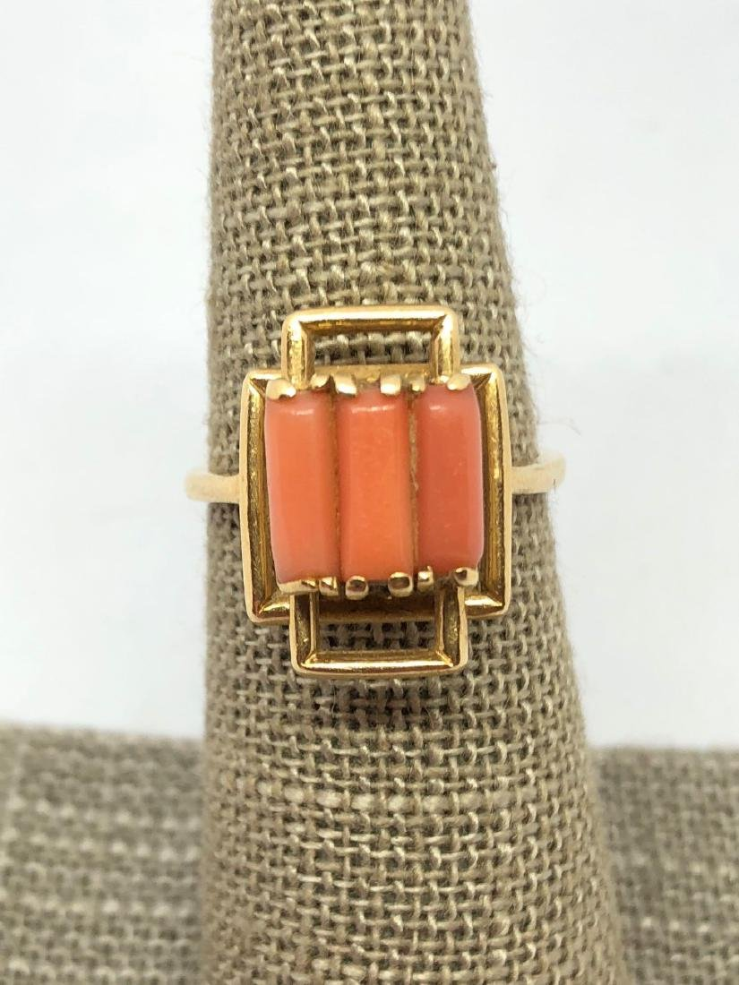 Lot of One 14K Yellow Gold Ring with Salmon Coral
