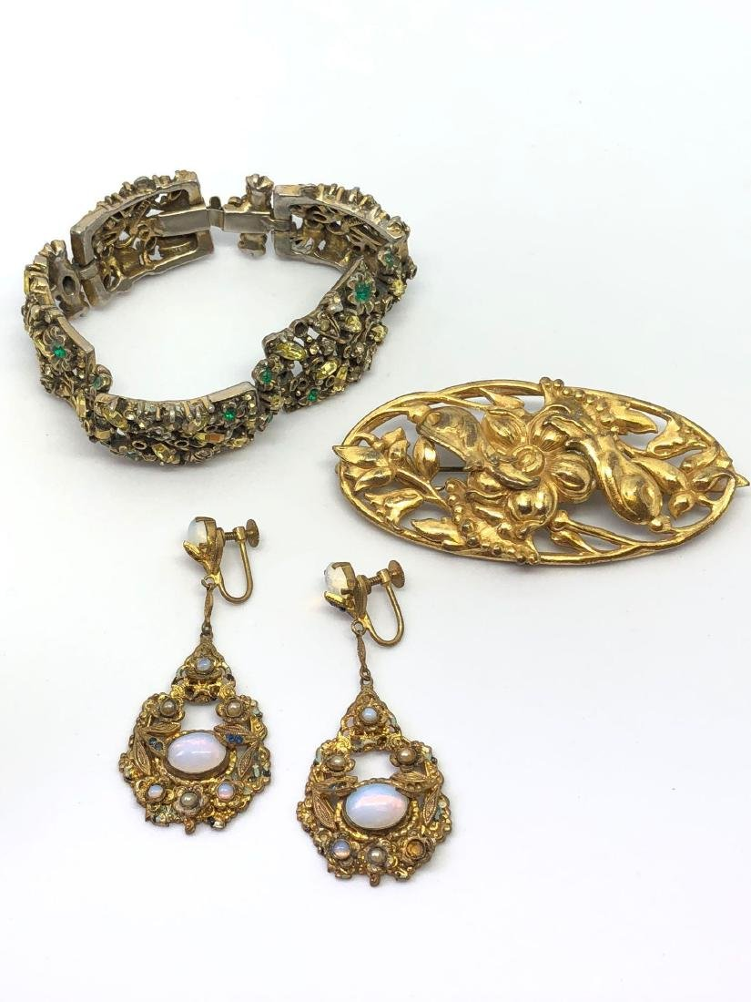 Lot of Vintage Ornate Jewelry