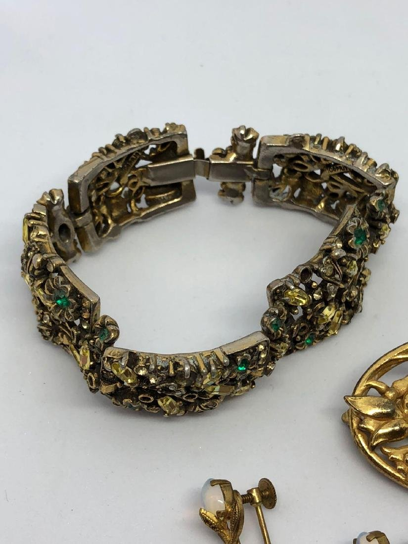 Lot of Vintage Ornate Jewelry - 4