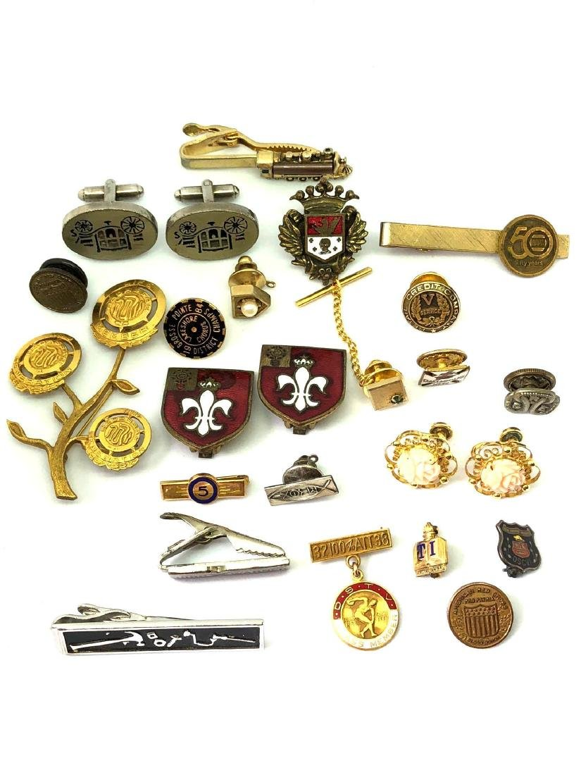 Lot of Vintage Jewelry, Tie Tacks, Tie Bars, and Pins