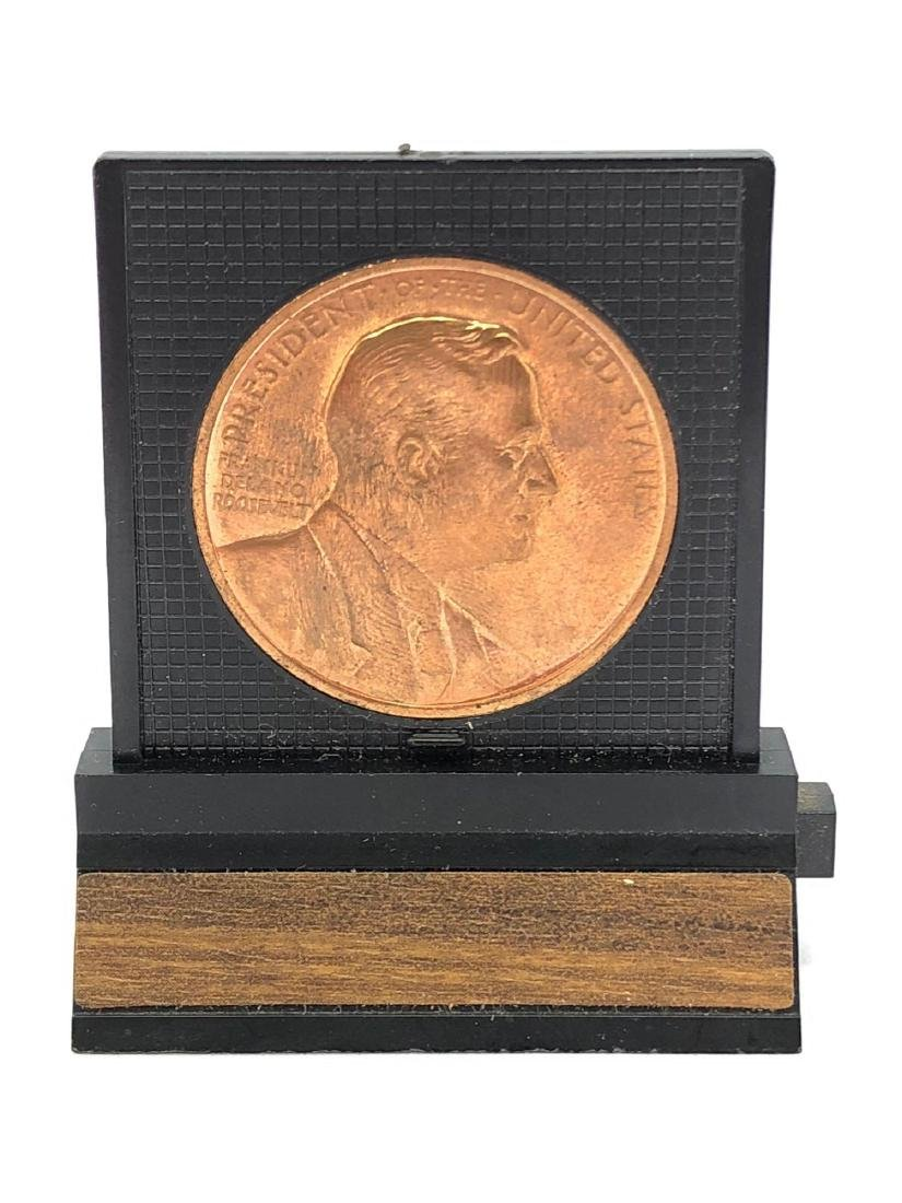 Lot of One FDR Memorial Coin