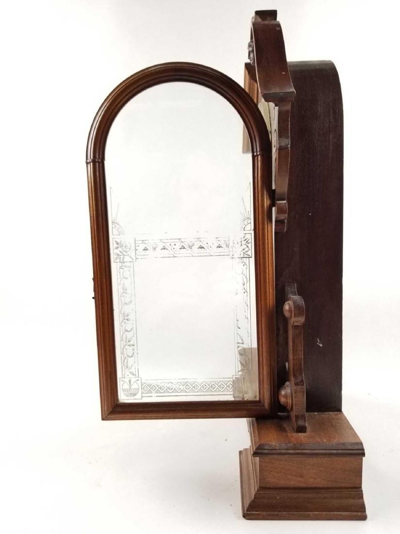 Antique Waterbury Clock Company Mantle Shelf Clock - 6
