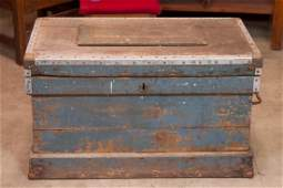 Antique Tool Box Trunk