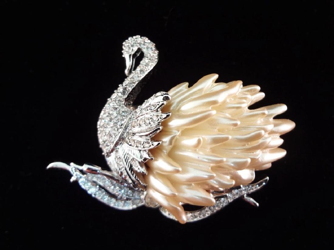 Nolan Miller Vintage (4) Oversize Bird Brooches: - 2