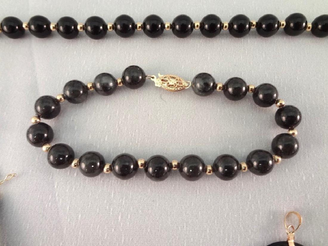 14K Gold Black Jade Jewelry Suite: (1) Necklace, (4) - 3