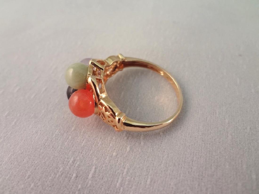 14K Gold Black Jade Jewelry Suite: (1) Necklace, (4) - 8