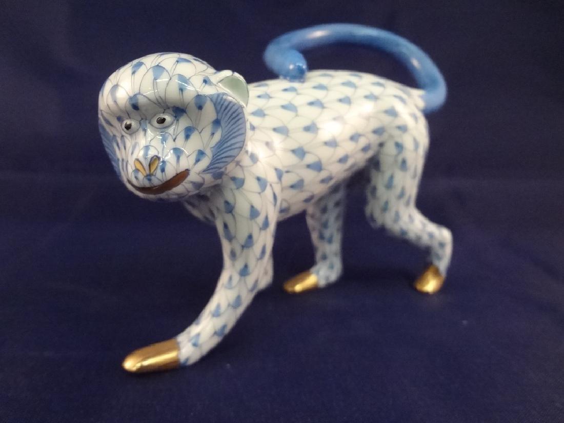 "Herend Porcelain Figurine ""Monkey Fishnet"" - 2"