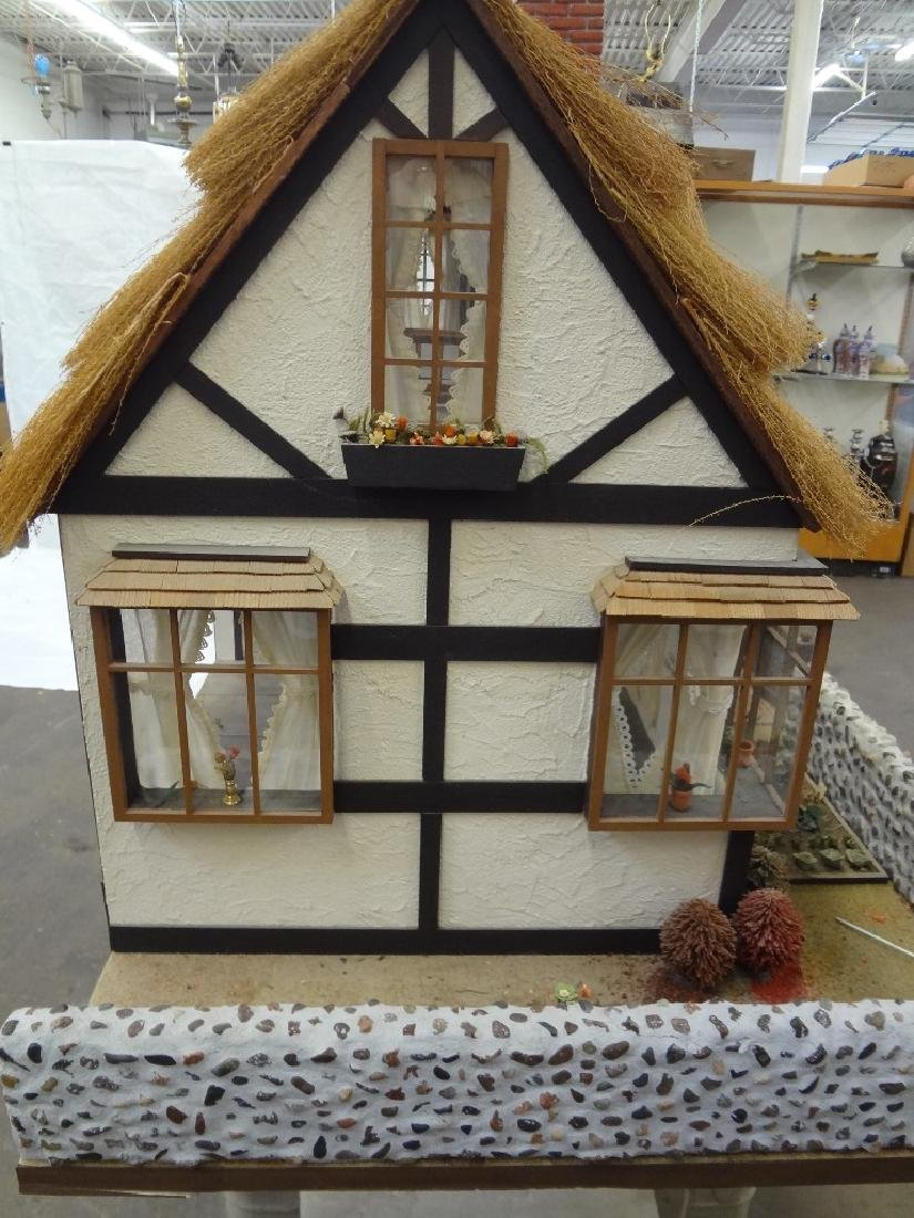 20th Century Old English Countryside Doll House Hand - 5