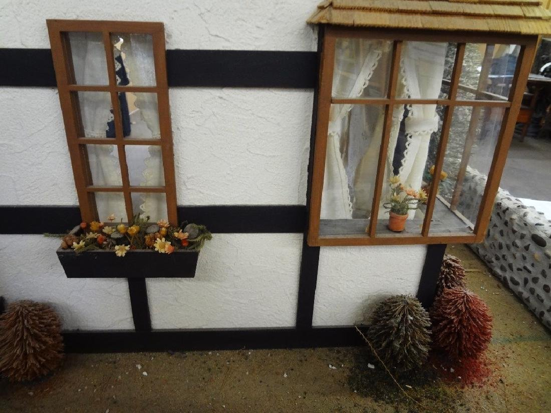 20th Century Old English Countryside Doll House Hand - 7
