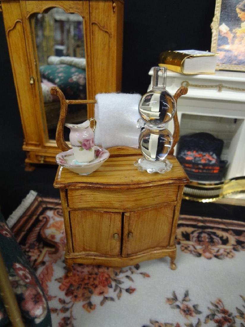 Collection of Miniature Doll House Furniture - 4