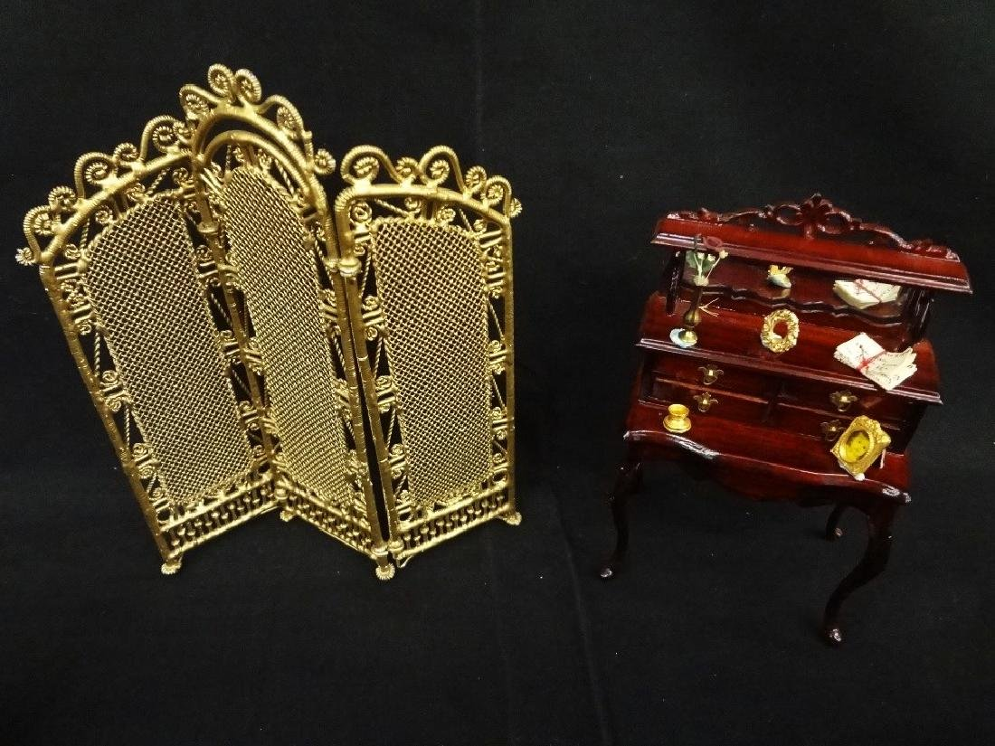 Group of Miniature Doll House Furniture: 20 Pieces - 7