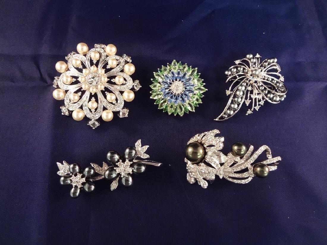 (5) Nolan Miler Vintage Brooches