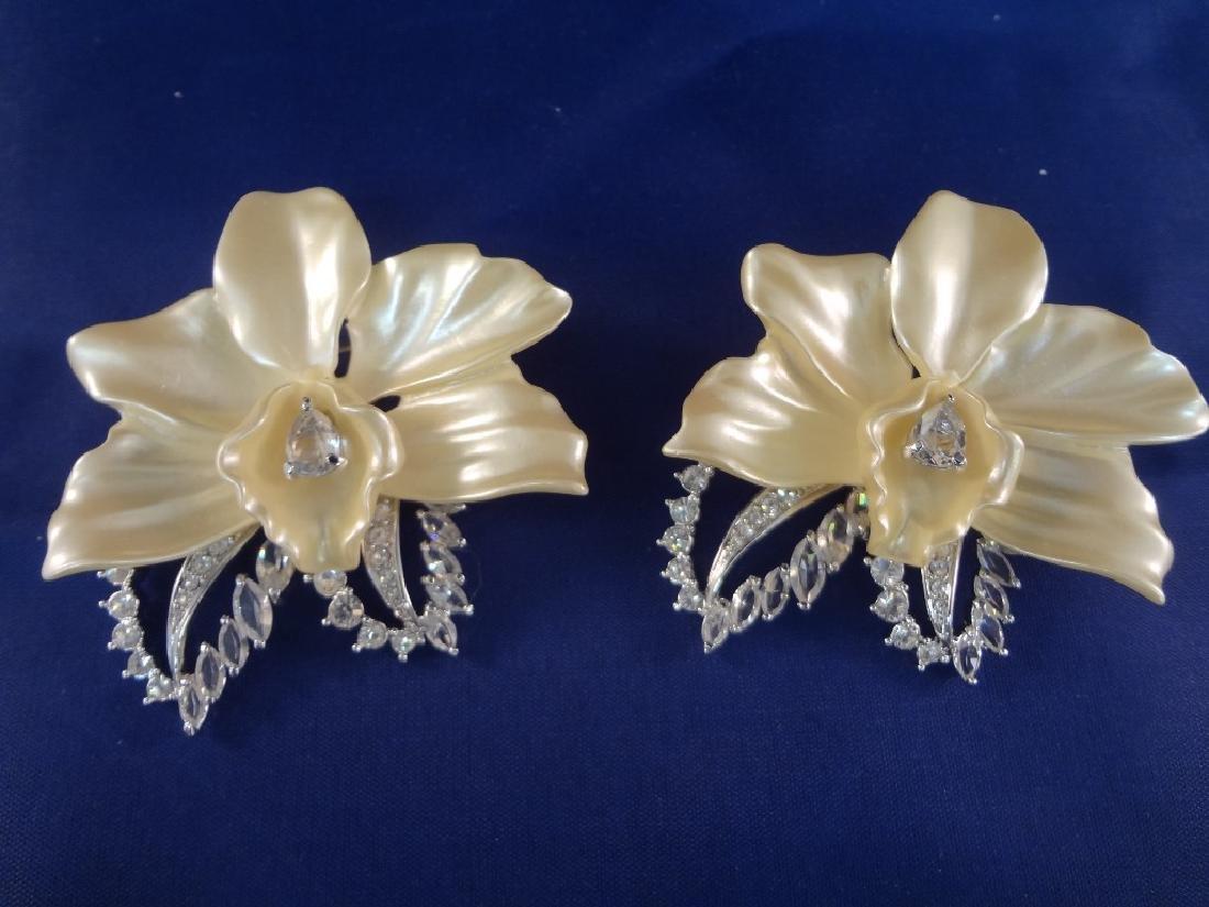 Nolan Miller Vintage Jewelry: Bracelet, (3) Brooches - 3