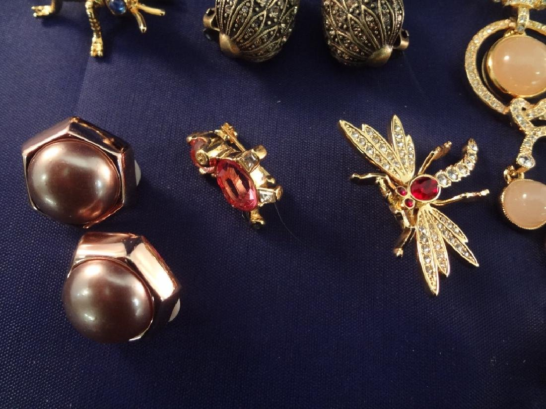 Joan Rivers Vintage Jewelry Group: (5) Brooches, (3) - 5