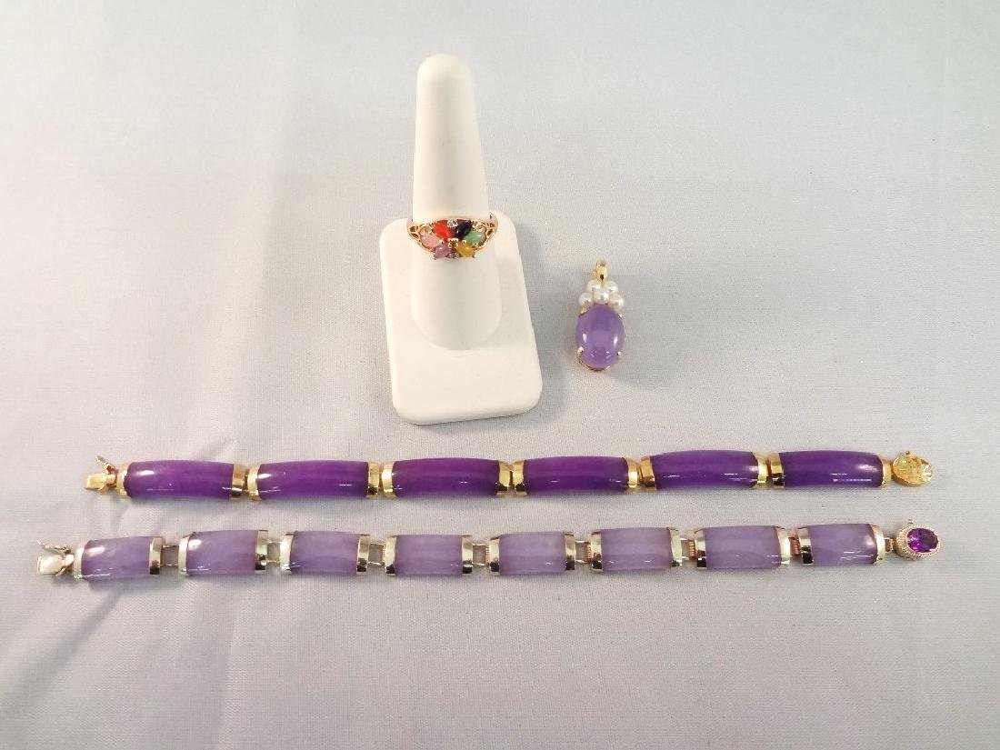 14K Gold and Lavender Jade Jewelry Group: Ring,