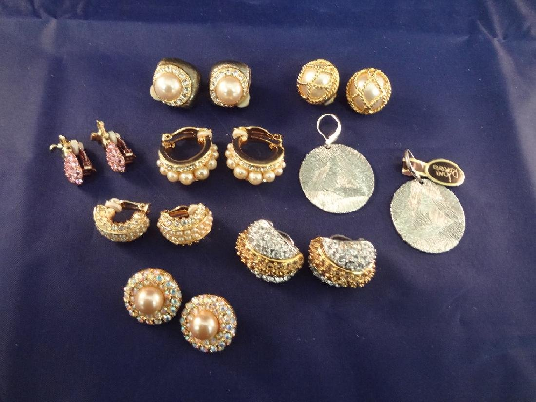Joan Rivers Vintage Jewelry (8) Pairs of Earrings