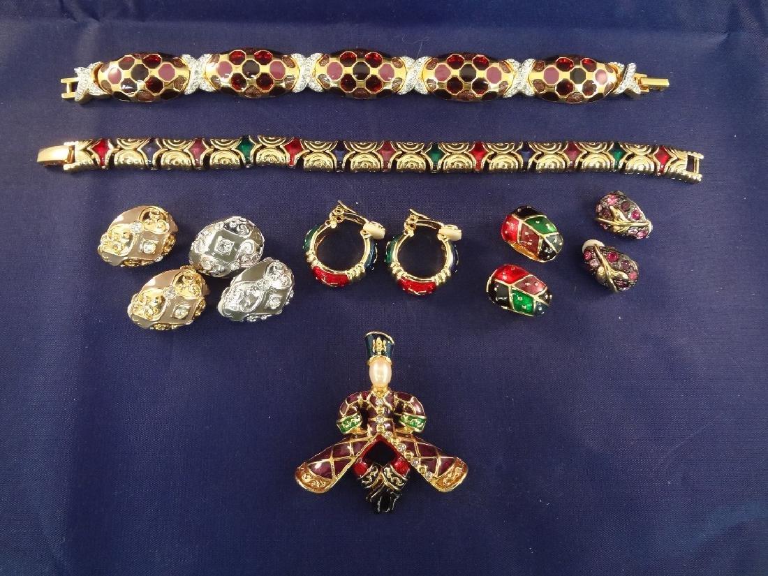 Joan Rivers (2) Bracelets, (1) Brooch, (5) Clip On