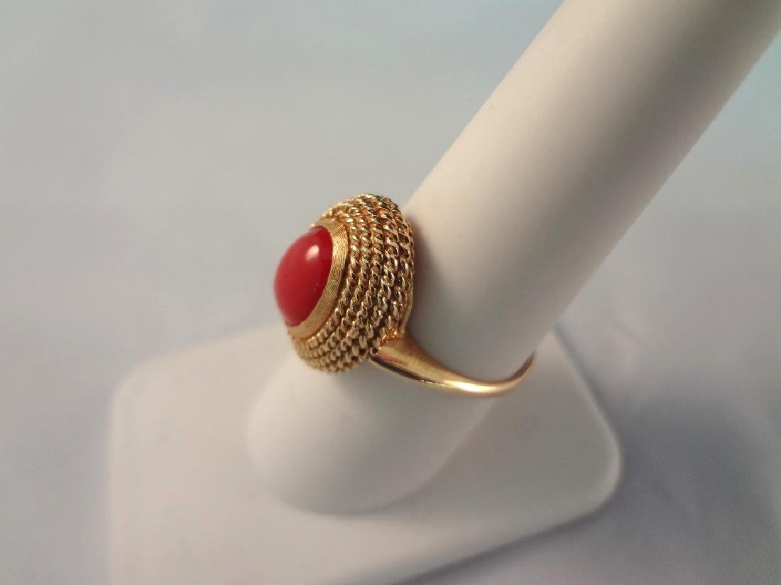 18k Gold and Coral Cabochon Ring Key Fret Pattern - 2