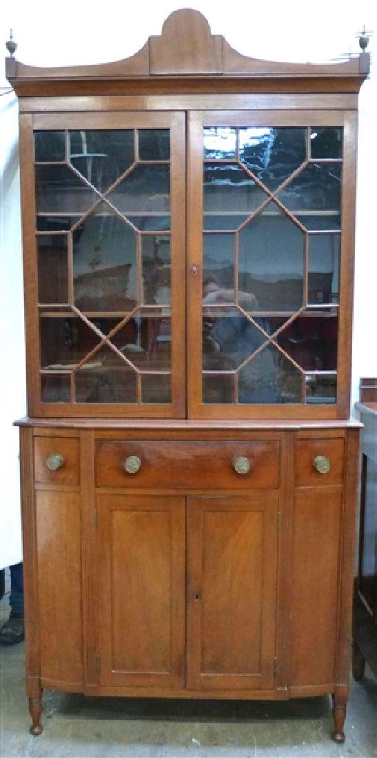 Magnificent Early 19th c. Maryland China Cabinet