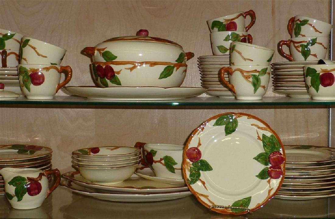 Franciscan Apple Dinnerware Service Set of 70 Pcs. - 2