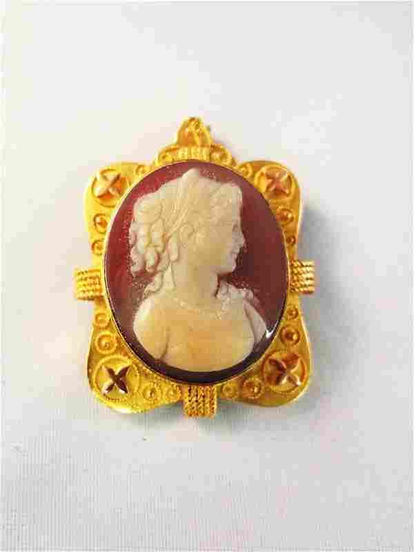 14k Gold Victorian Shell Cameo Brooch/Pendant