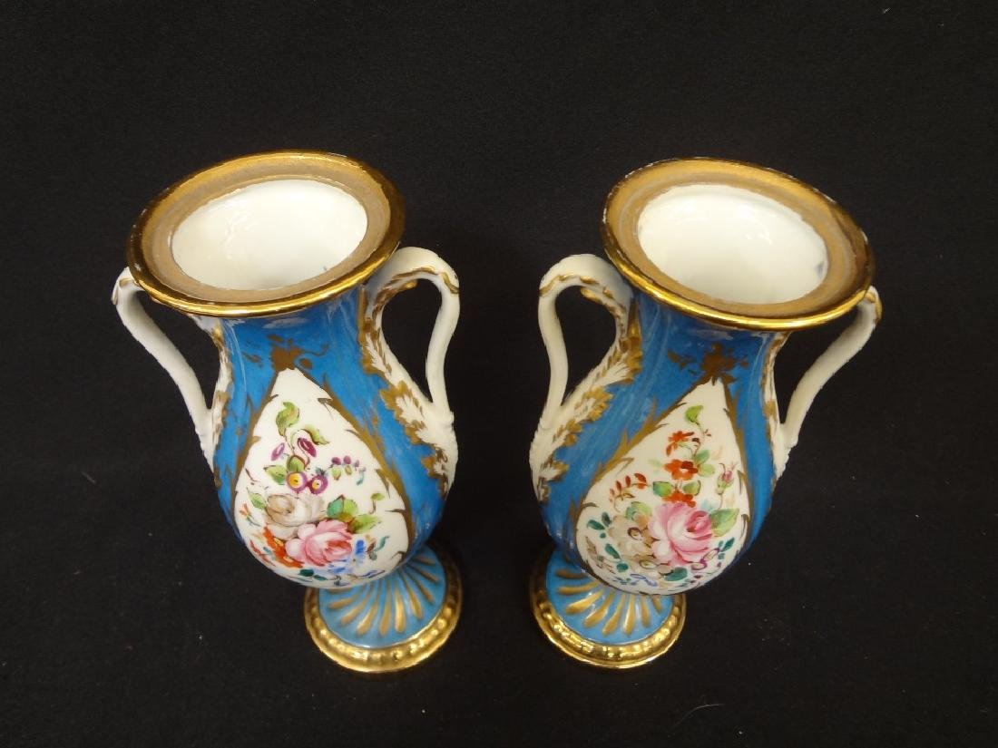 Sevres French Porcelain Pair of Covered Urns Acorn - 2
