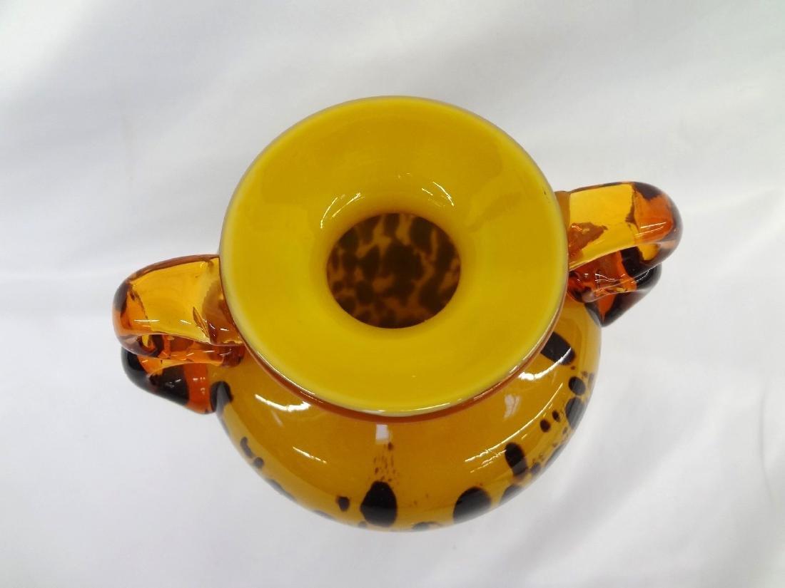 Leopard Spotted Amber Cased Art Glass Vase - 2
