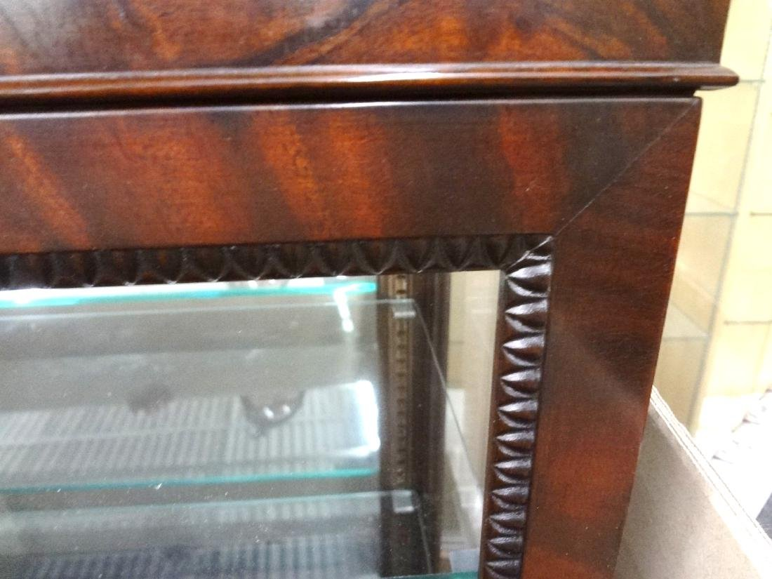 Queen Anne Style Vitrine on Legs One Complete Sliding - 3