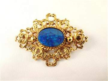14k yellow Gold Victorian Brooch Set with Single Opal