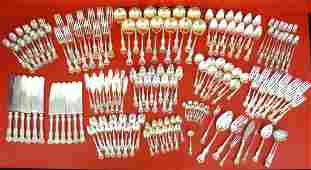 """Towle """"Old Colonial"""" Sterling Silver Flatware Set (161)"""