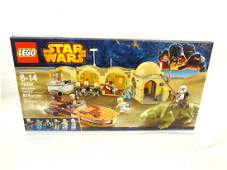 LEGO Collector Set #75052 Star Wars Mos Eisley Cantina