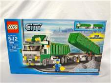 LEGO Collector Set 7998 City Heavy Hauler New and