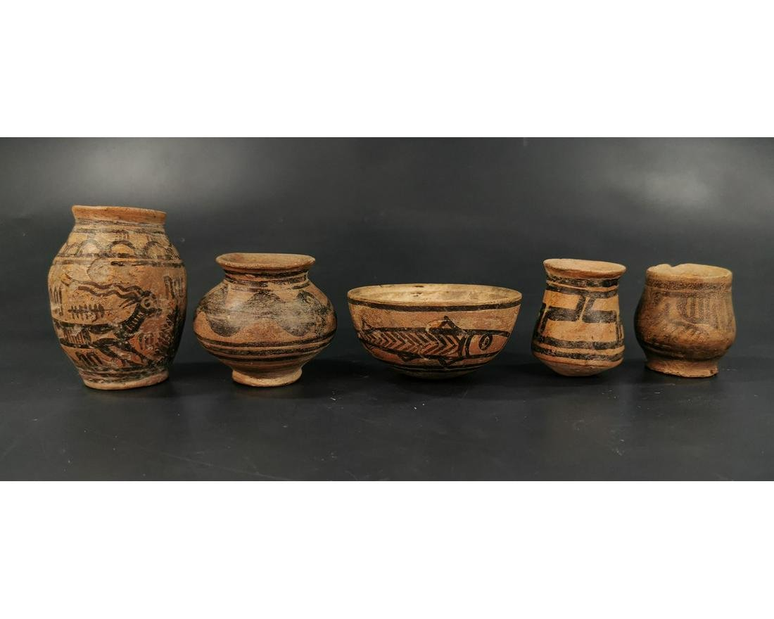 COLLECTION OF FIVE INDUS VALLEY VESSELS