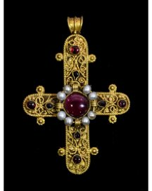 MEDIEVAL GOLD CROSS WITH GARNET AND PEARLS