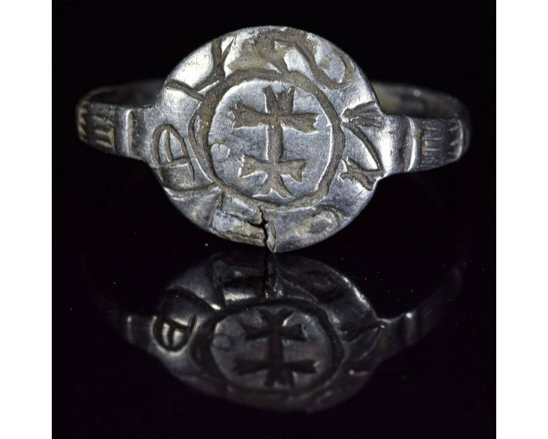 CRUSADERS SILVER RING WITH CROSS